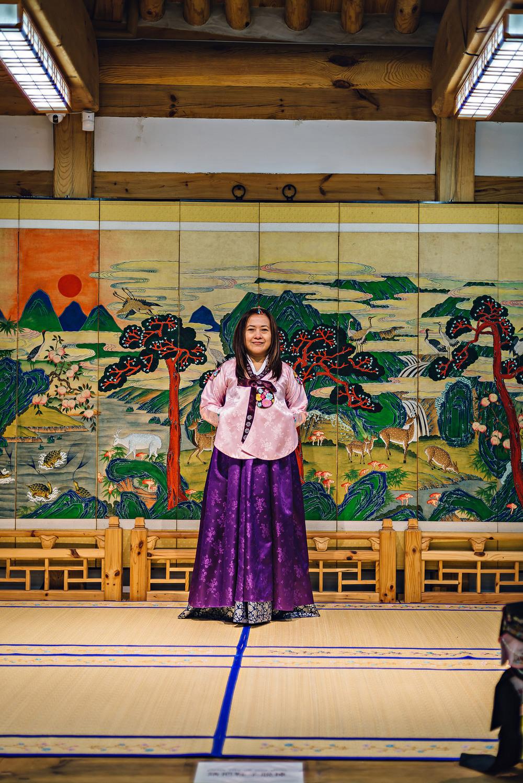 Seoul South Korea Hanbok Cheonggyecheon Stream 청계천 Insa-dong 인사동Travel Photography 2016