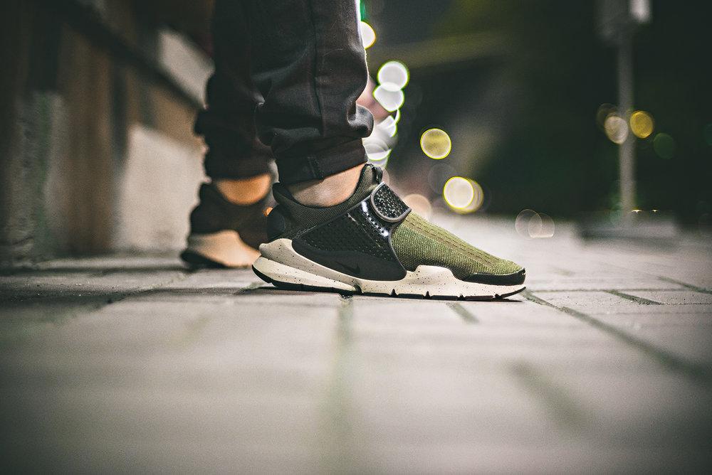 Nike Sock Dart Cargo Khaki Olive WDIWT Sneakers Photography 2016