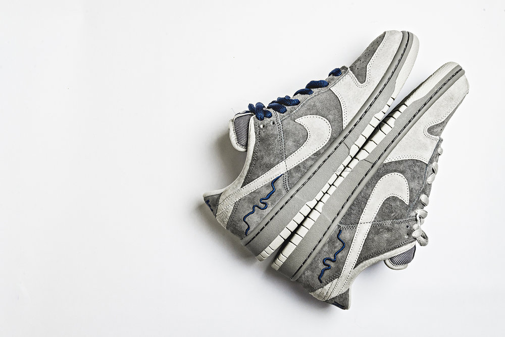 London Nike Dunk Low SB City Series Sneakers Photography