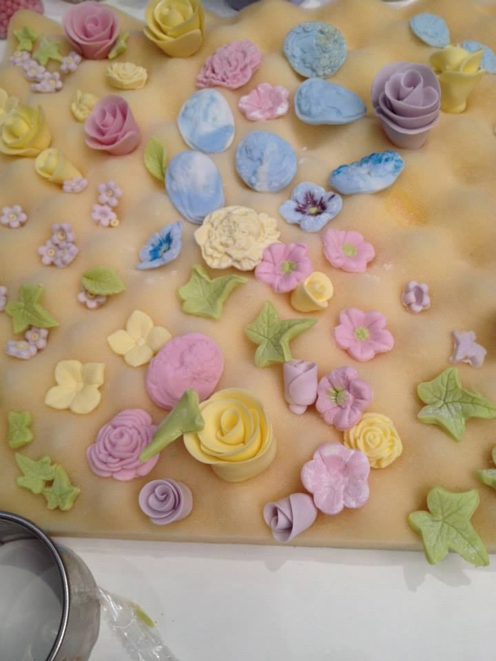 sugar paste decorations