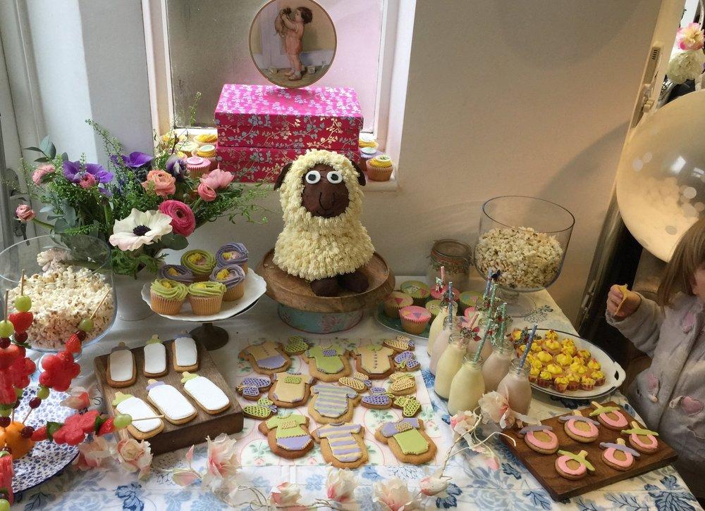 Cake Table Jess.jpg