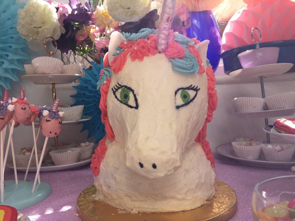 Unicorn cake .jpg