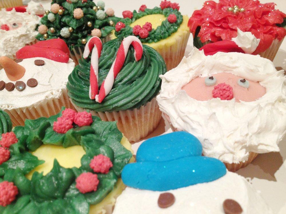 Xmas cakes 2.JPG