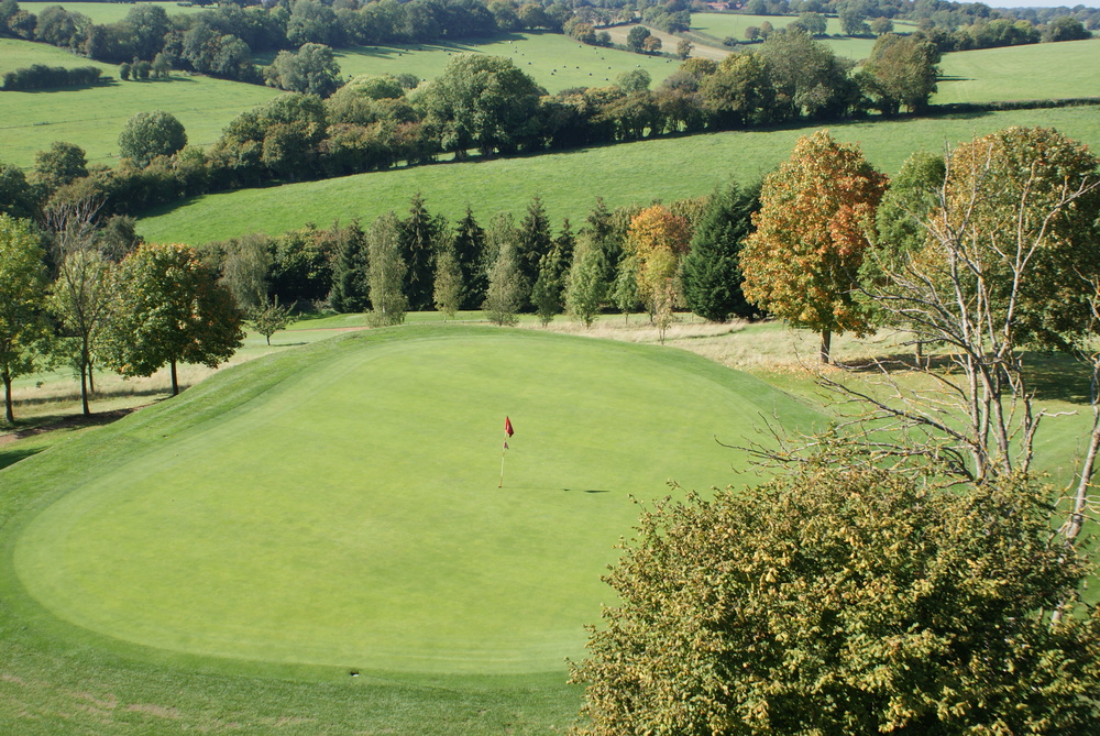 The beautiful 7th hole at Chartridge Park golf club