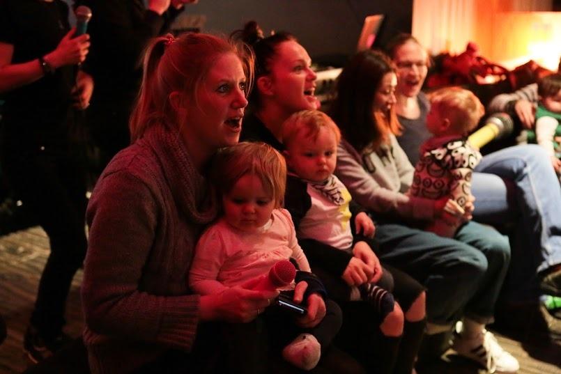 mums and babies singing .jpg