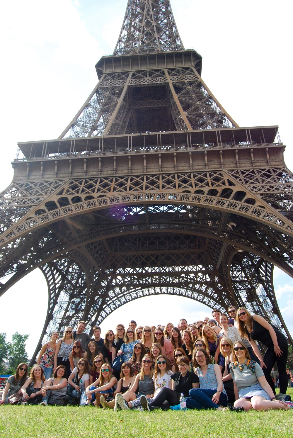 Starling Choirs under the Eiffell Tower .jpg