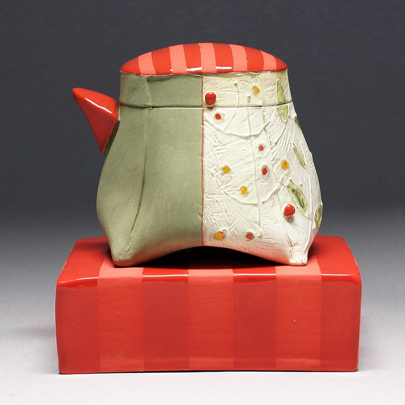 Floral Berry Pitcher with Brick