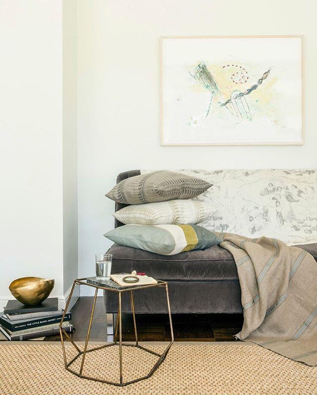 To shop or to snooze... Saturday decisions ! #bolttextiles . . . . #elledecor #interiorstyling #architectualdigest #mytradhome #designinspiration #housebeautiful #anthropologie #portlandoregon