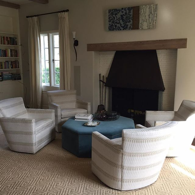 Anna Priati by @j.rachmansf For @bolttextiles on @arudindesigns chairs. So beautiful. . . . . . #interiordesign #design #linen #customupholstery