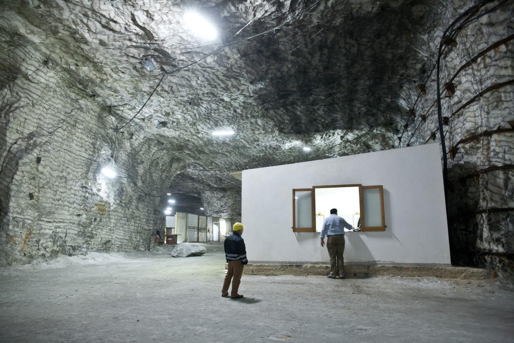 Italy - The old white gold of Sicily - The Salt Mine (30).jpg