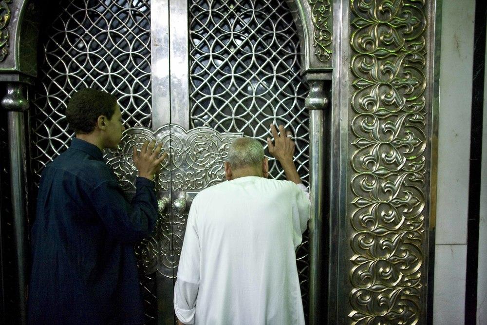 zIl Cairo - Festival Canto del Corano (07) Moschea Sayyidna al-Hussein.jpg
