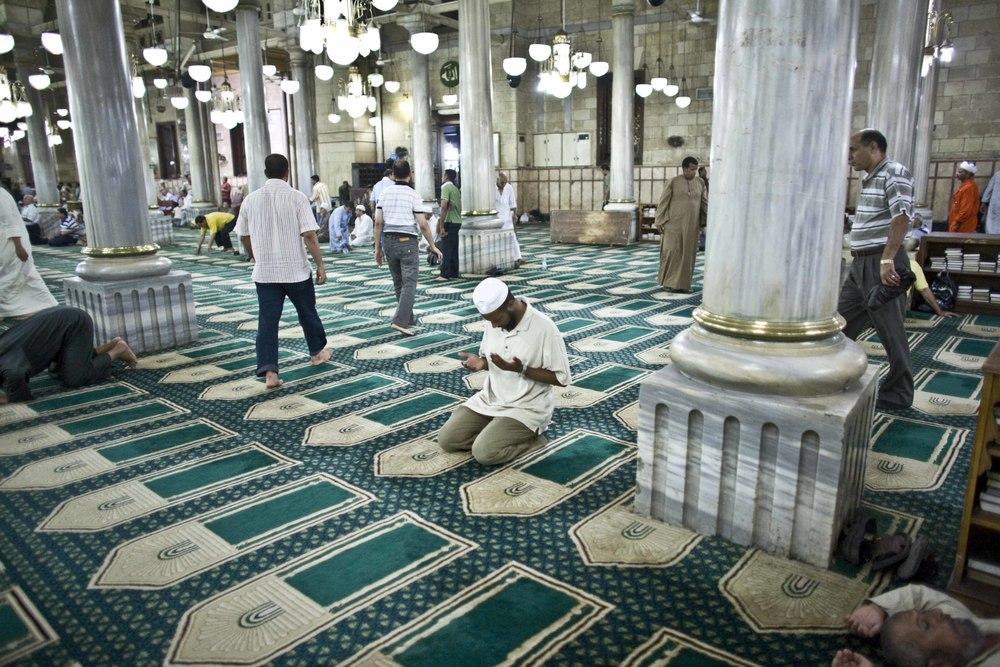 zIl Cairo - Festival Canto del Corano (11) Moschea Sayyidna al-Hussein.jpg