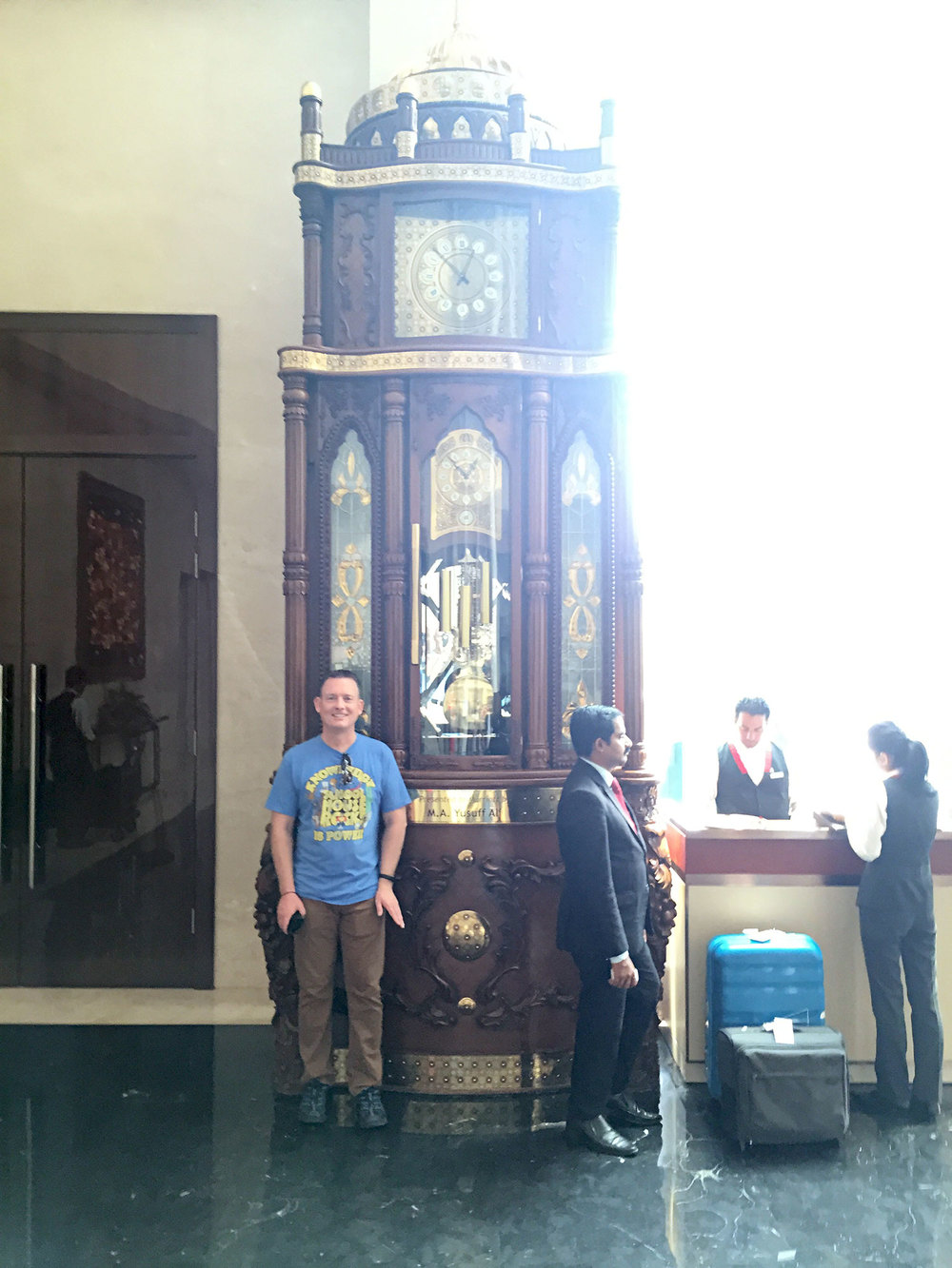 Silly photo of me in front of the largest grandfather clock I've seen in the Kochi Marriott hotel lobby.