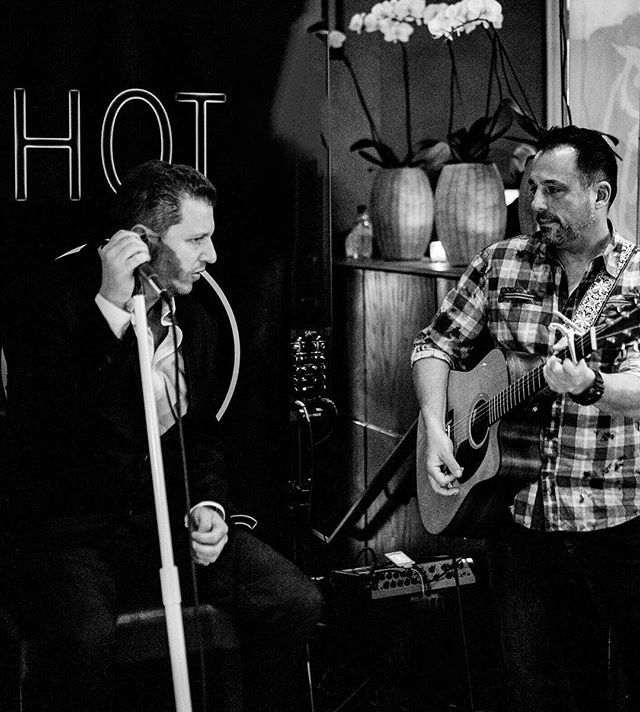 Throwback to John and Jason stripping down acoustic style during the Battle of the Breweries this past January. Such an incredible event hosted at the STUNNING @lenoxhotel - THE BEST Local Beer, Acoustic Favorites from yours truly.. seriously, what else do you need? Shout out to dear friends over at @westfieldriverbrewing for placing as a finalist! Love those guys!!!!