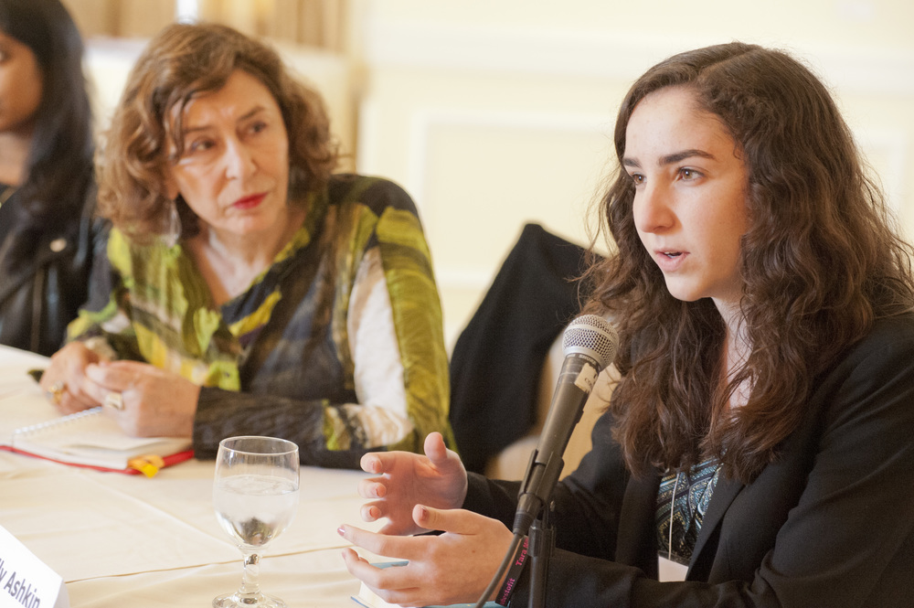 2015 Legacy Winner Emily Ashkin at the Round Table with Laureate Azar Nafisi