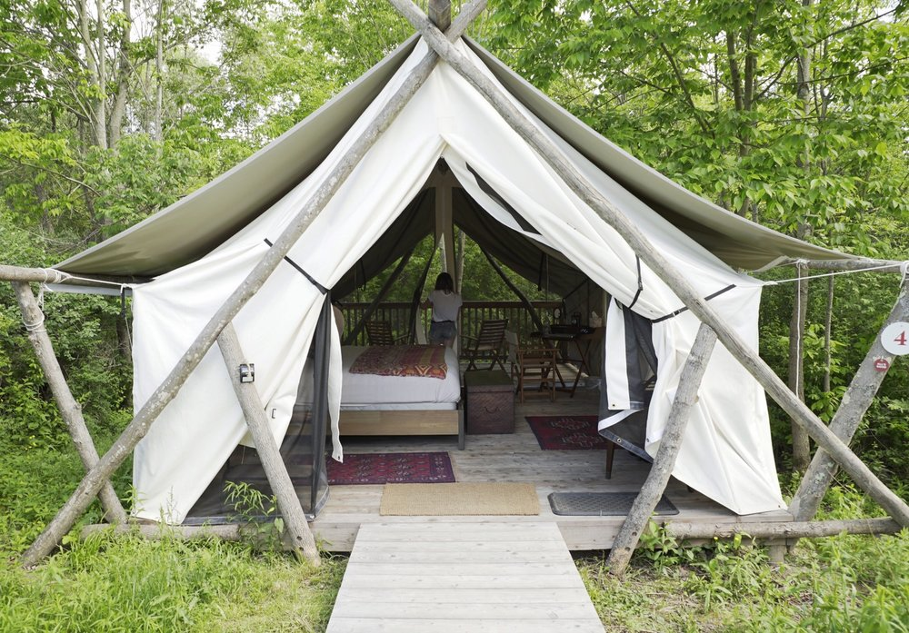 Itu0027s since grown into a commune of 18 tents on the grounds of La Tourelle Hotelu2014meaning a spa and a steak is a short walk away if you really need it. & Spotlight On: Firelight Camps u2014 Escape Toronto