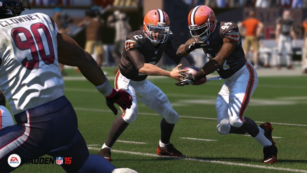 maddennfl15_ps4_review_01