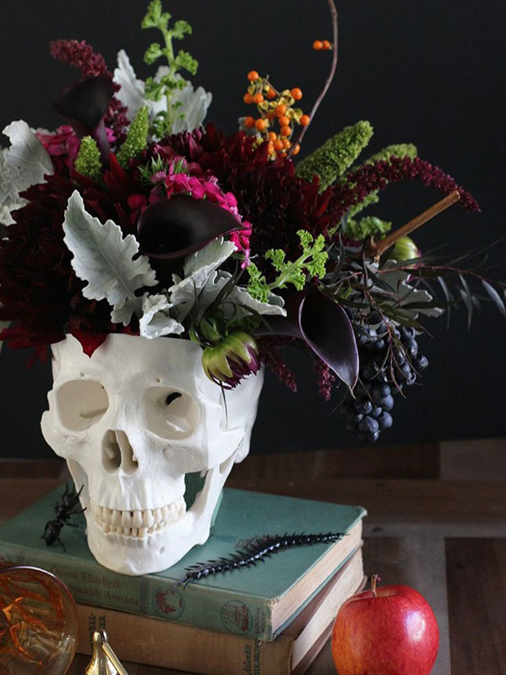 Chic Halloween Decor