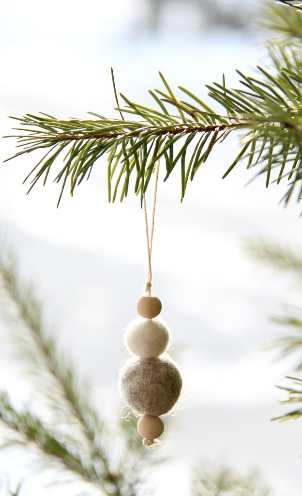 DIY felt ornament.jpg