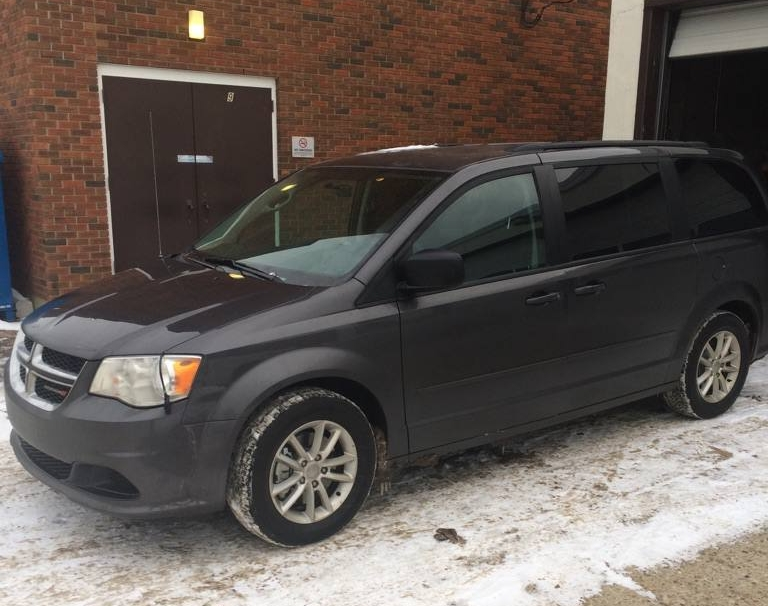 2017 Dodge Caravan side view.jpg