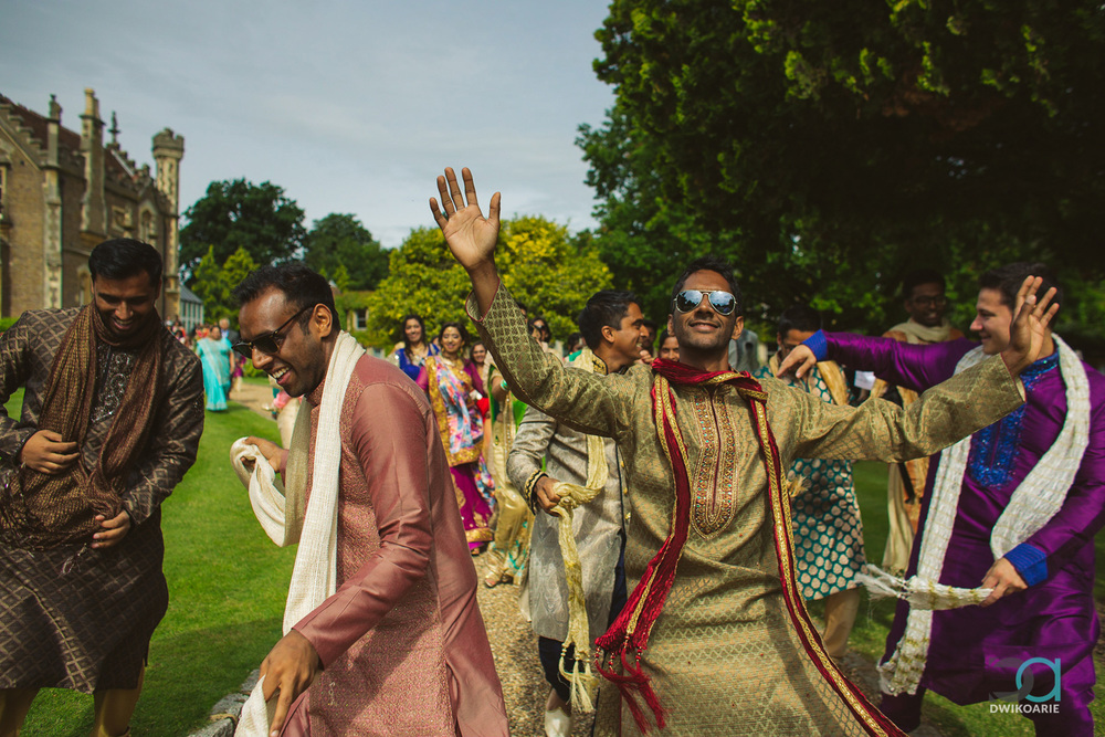0015-Oakley-Court-Hotel,-Windsor-Wedding-Photography---DAN_3705.jpg