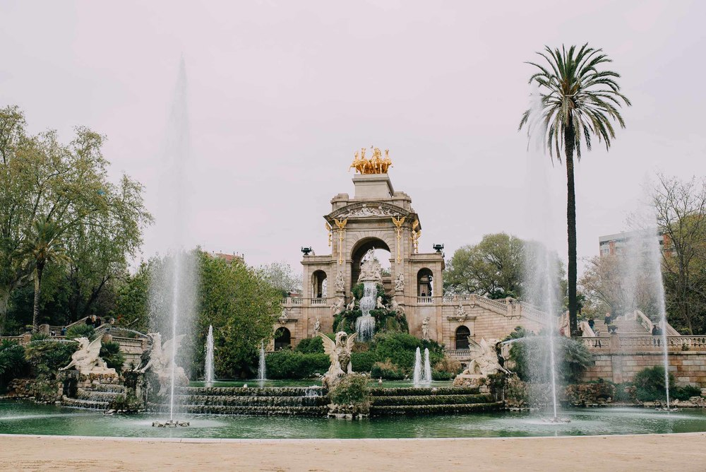 explore-barcelona-travel