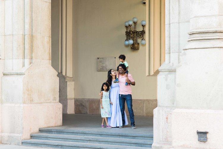 Budapest+family+photographer.jpeg