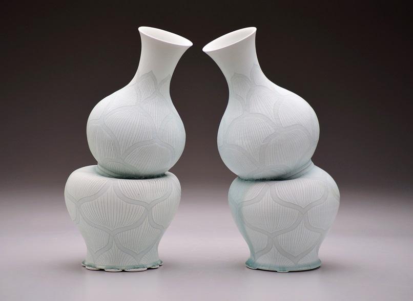 Steven Lee, Gourd Vases with Lotus Pattern