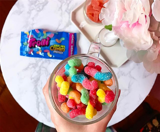 """Influenster sent us trolli sour bite crawler minis and they are too cute! If you've ever enjoyed a full size one and thought """"hey, I'd like to be able to stuff fifty of these in my mouth at once"""" now you can. #freeforreview #allopinionsaremyown @Trolli_USA #TrolliCrawlers #contest"""