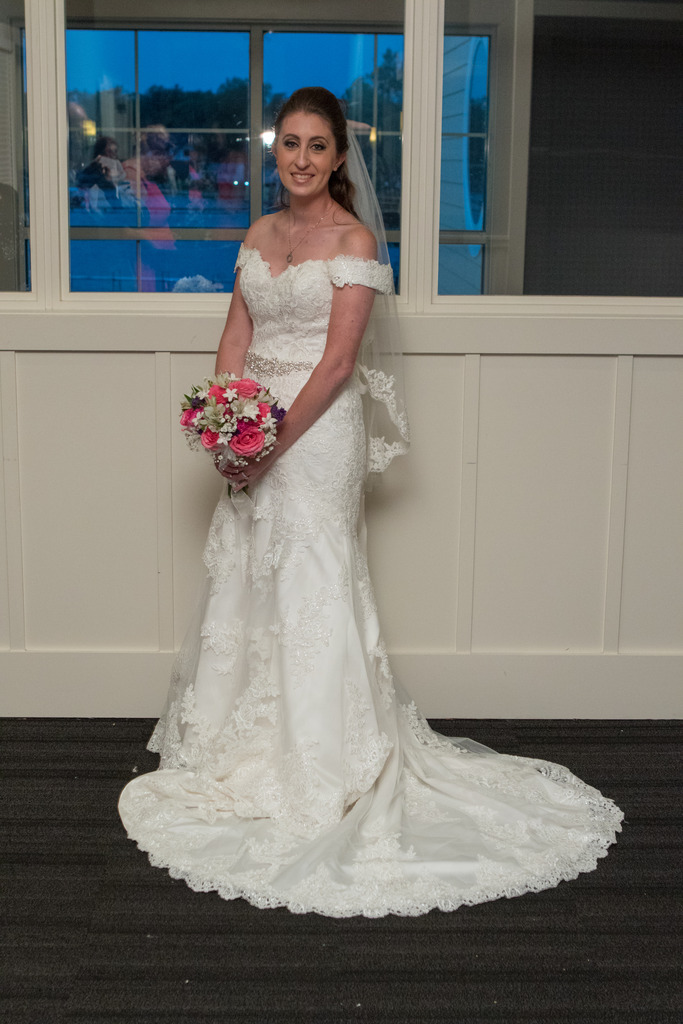 {Photos by: Roma Pictures}
