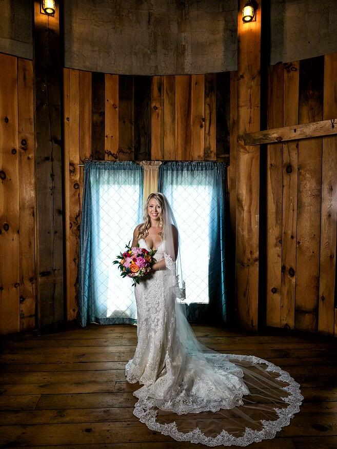 {Photos by: Region Weddings}