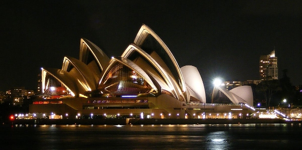 https://simple.wikipedia.org/wiki/Sydney_Opera_House