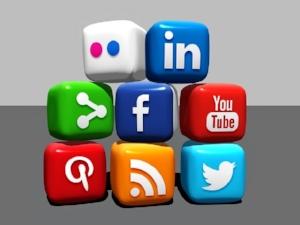 social-media-488886_640.jpg