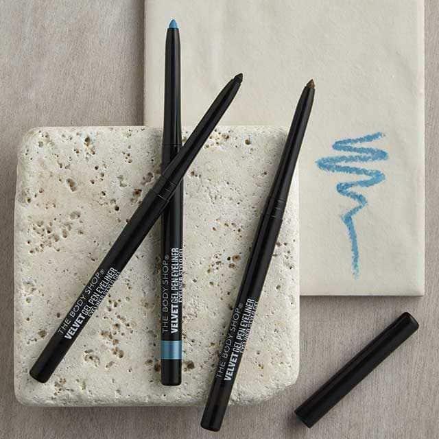 gel-pen-liner-1035895-black-4-640x640.jpg