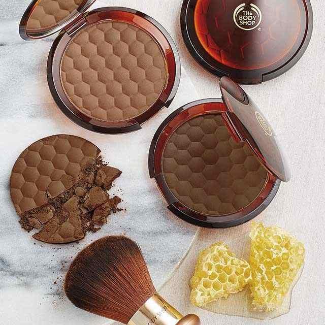 honey-bronze-bronzing-powder-1098313-01-5-640x640.jpg