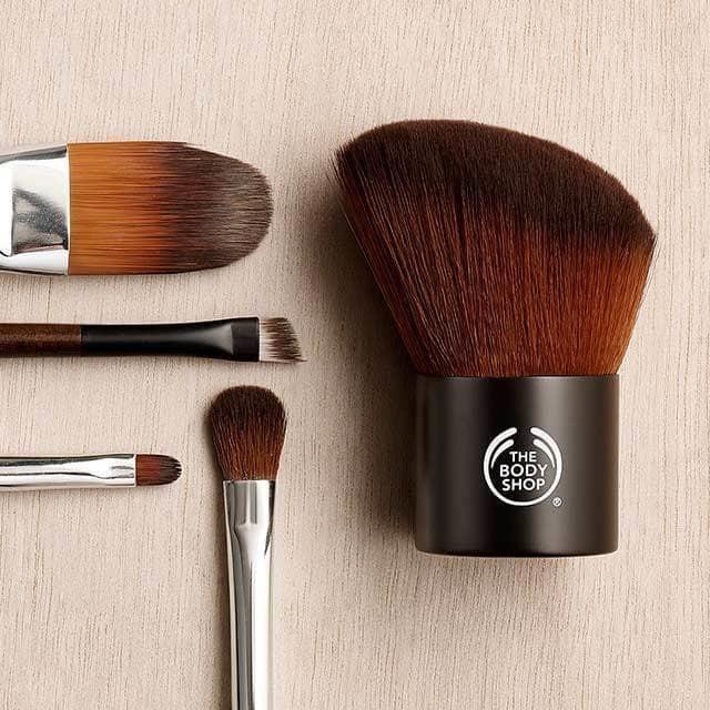 foundation-brush-2-640x640.jpg