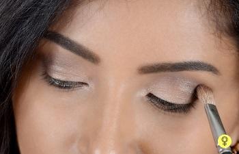 darker-shade-of-eyeshadow (1).jpg