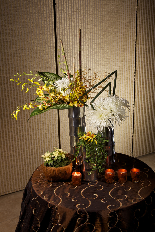 EMB  194 Embellishmint Floral & Event Design Studio orchid fugi mum.jpg