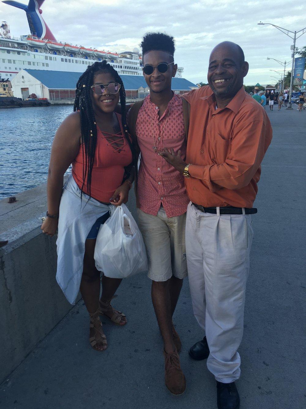 cruise bahamas royal carribean travel discount cheap mom blog motherhood savvy mom working mother