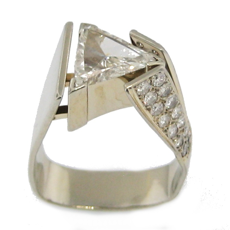Custom trilliant cut diamond ring