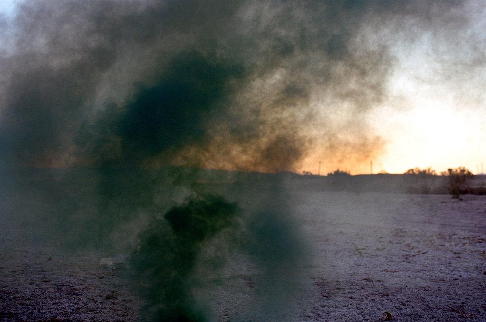 lou-mora-smoke-bomb-005.jpg