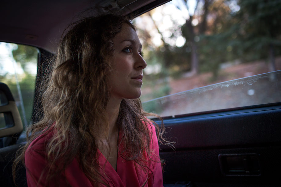 lou mora los angeles photography portrait lifestyle girl in car looking out window