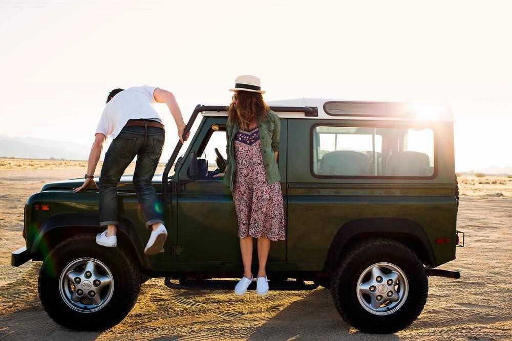automotive-lifestyle-defender-lou-mora-27.jpg
