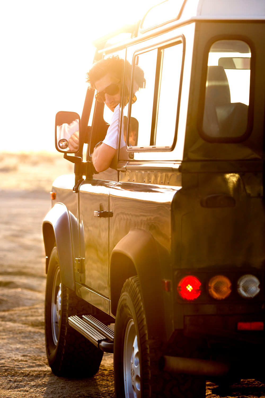 automotive-lifestyle-defender-lou-mora-22.jpg