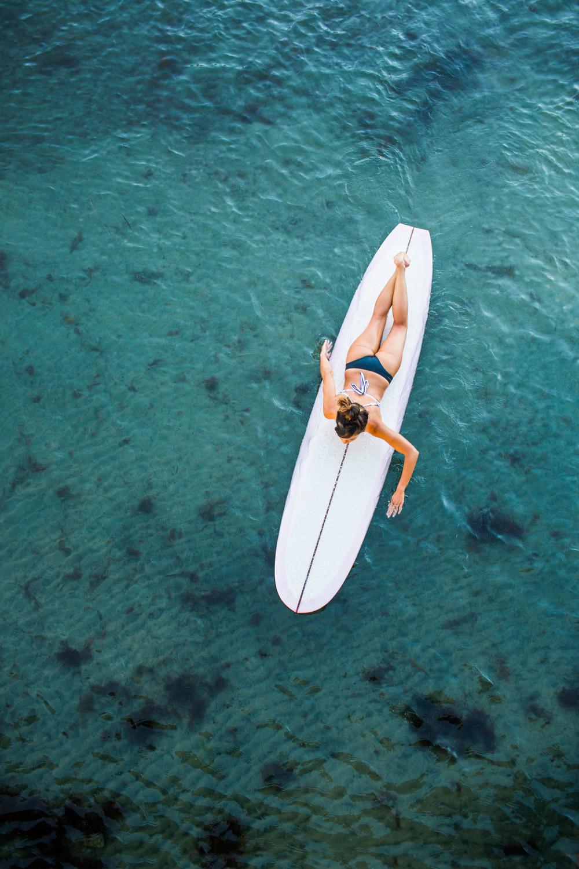 lou-mora-lifestyle-surfer-girl-001.jpg