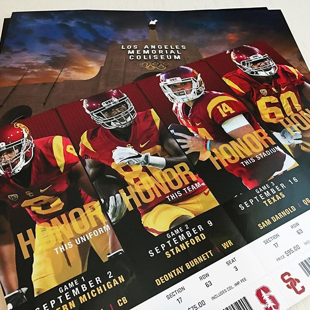 That time of year again! 🏈🌭🍺 Only complaint is yet another year without the Cougs visiting the Coliseum 😡 #footballisback #USC #gocougs