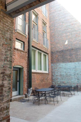 FB-courtyard-2-w.jpg