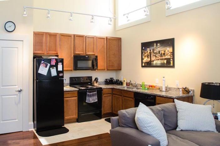 rw-306-Kitchen-2-w.jpg
