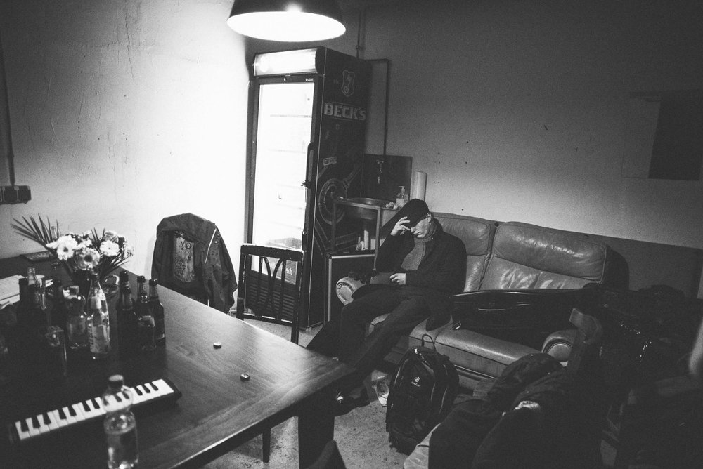 Coulisses.   Cologne, 2014.