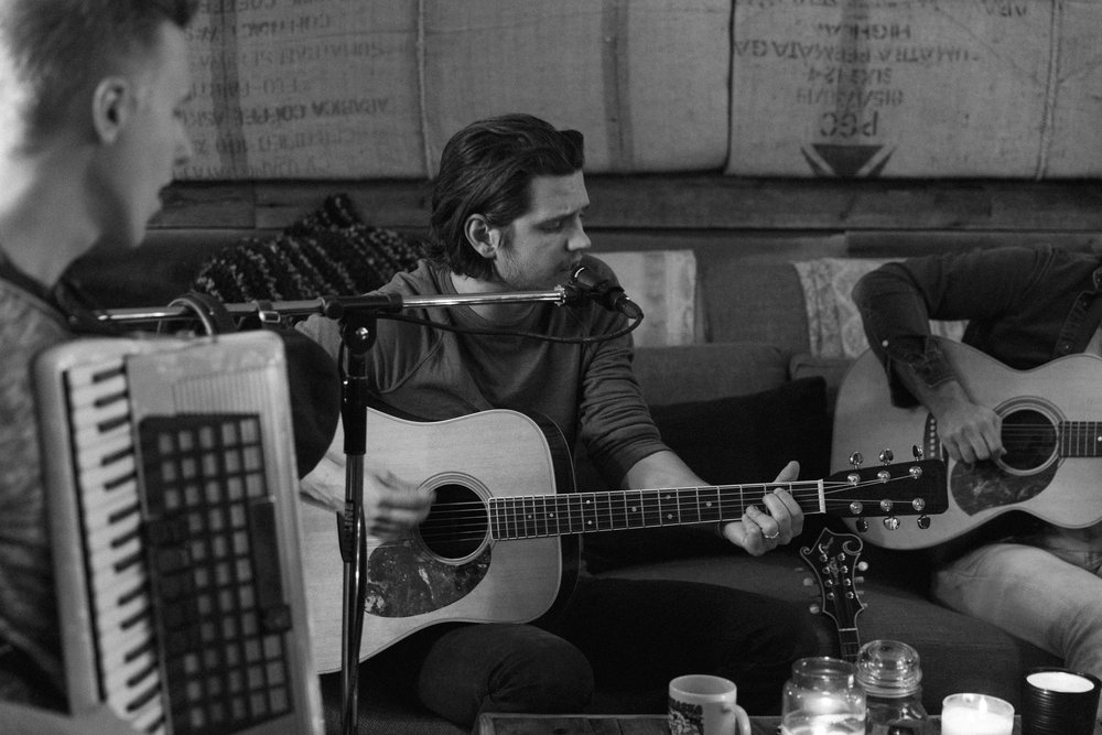 "Steve Moakler – ""Suitcase - Acoustic"" Video Shoot"